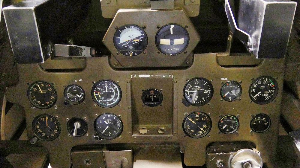 零戦21型機の計器盤