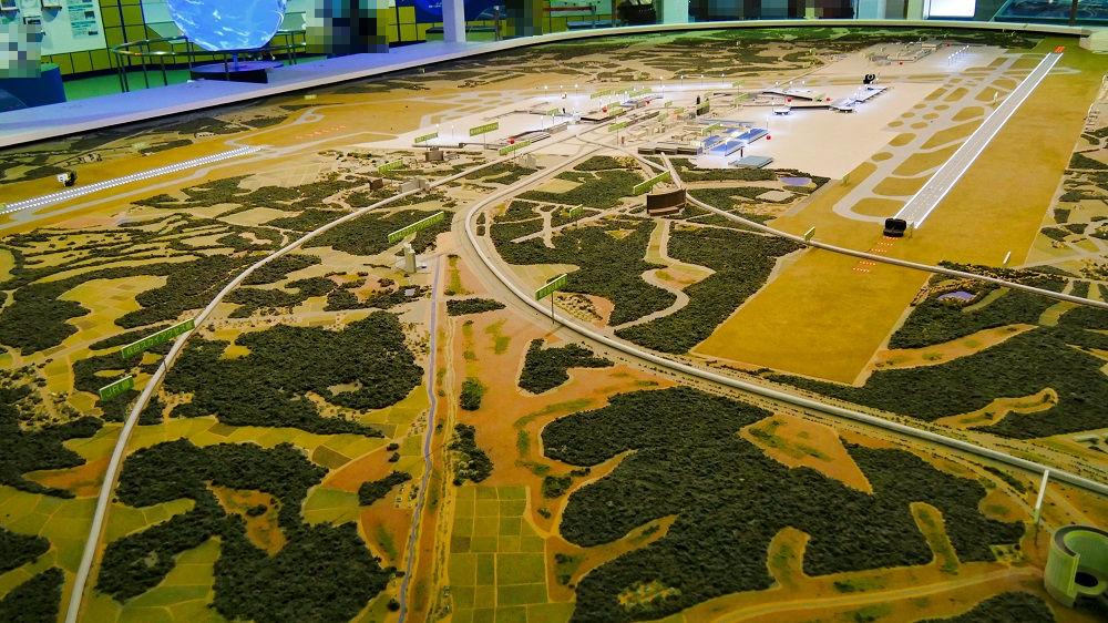 成田空港の巨大ジオラマ模型
