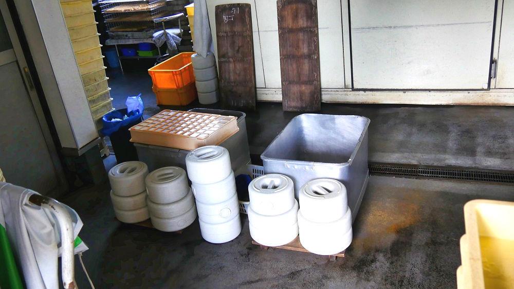 佐藤豆腐店の作業場