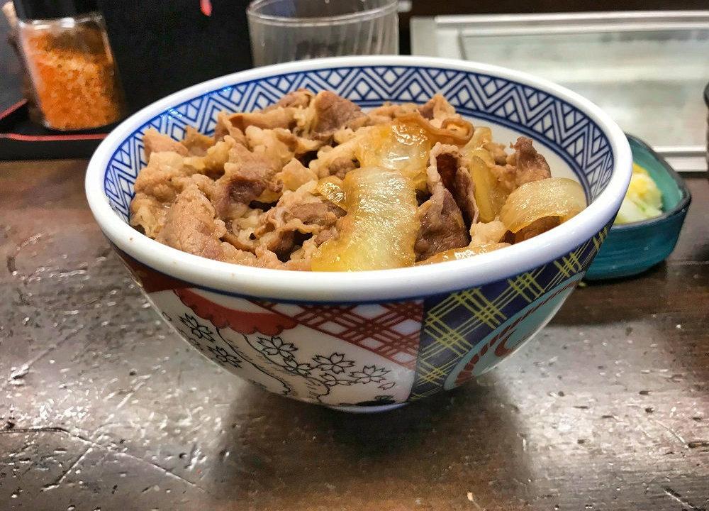 吉野家築地一号店の牛丼(並)