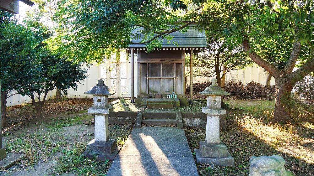 東峰神社の祠
