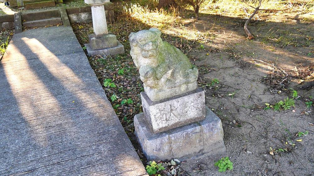 東峰神社の狛犬