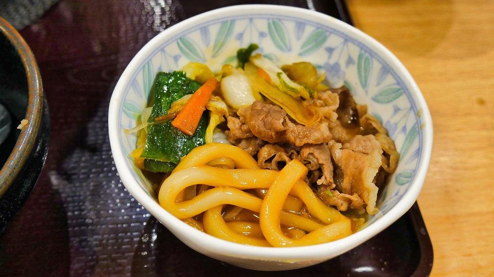 すき家の「牛すき鍋定食」