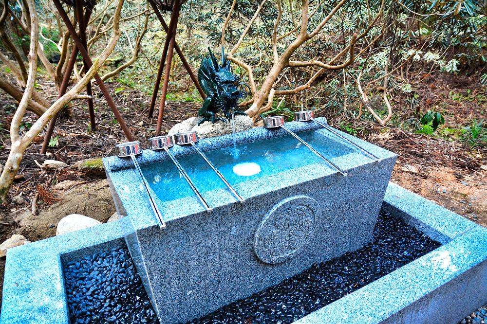 御岩神社の手水舎
