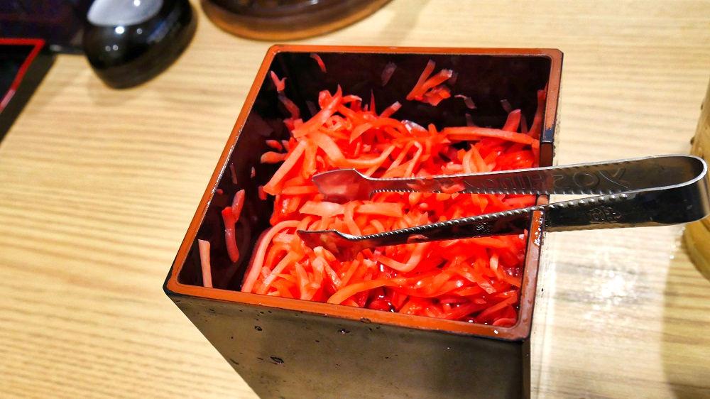吉野家「成田国際空港第2本館店」の調味料類