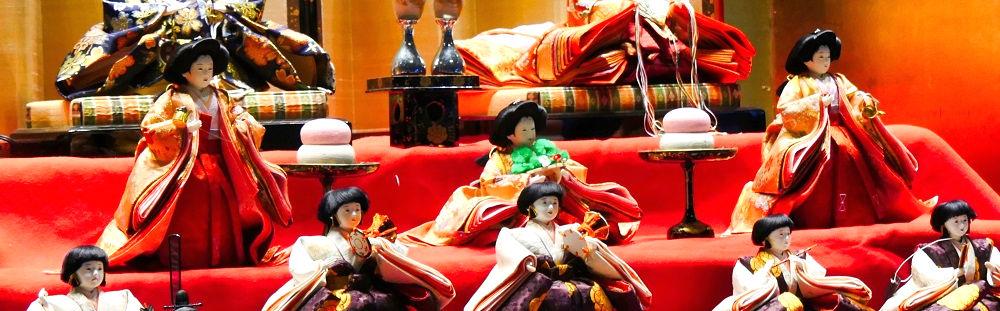 成田空港第1ターミナルのひな人形「三人官女」