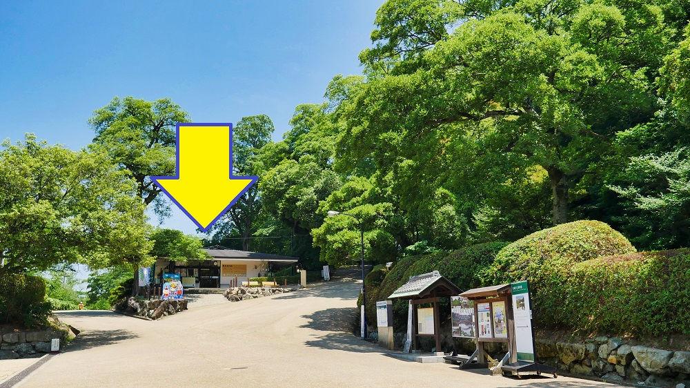 丸亀城の観光案内所