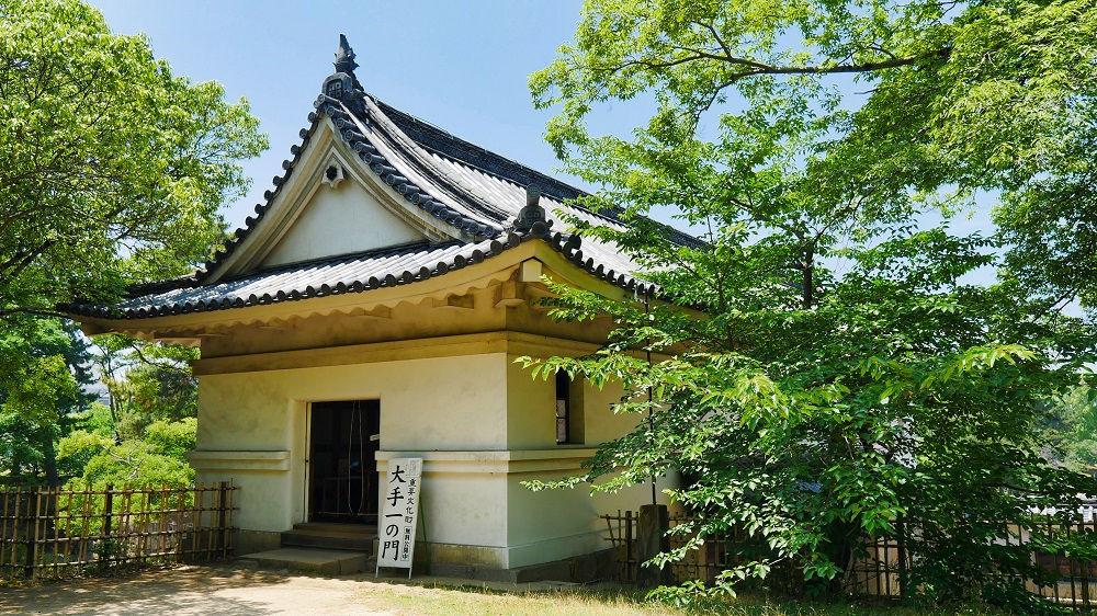 丸亀城の大手一ノ門