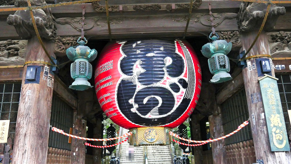 成田山新勝寺の仁王門