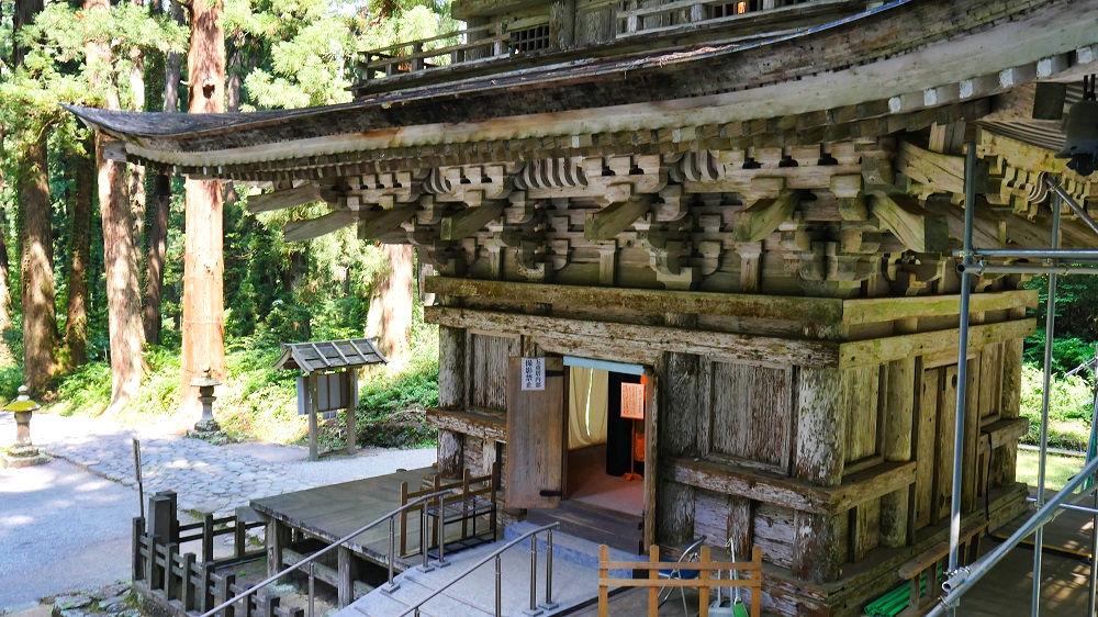 羽黒山五重塔特別拝観、1階部分