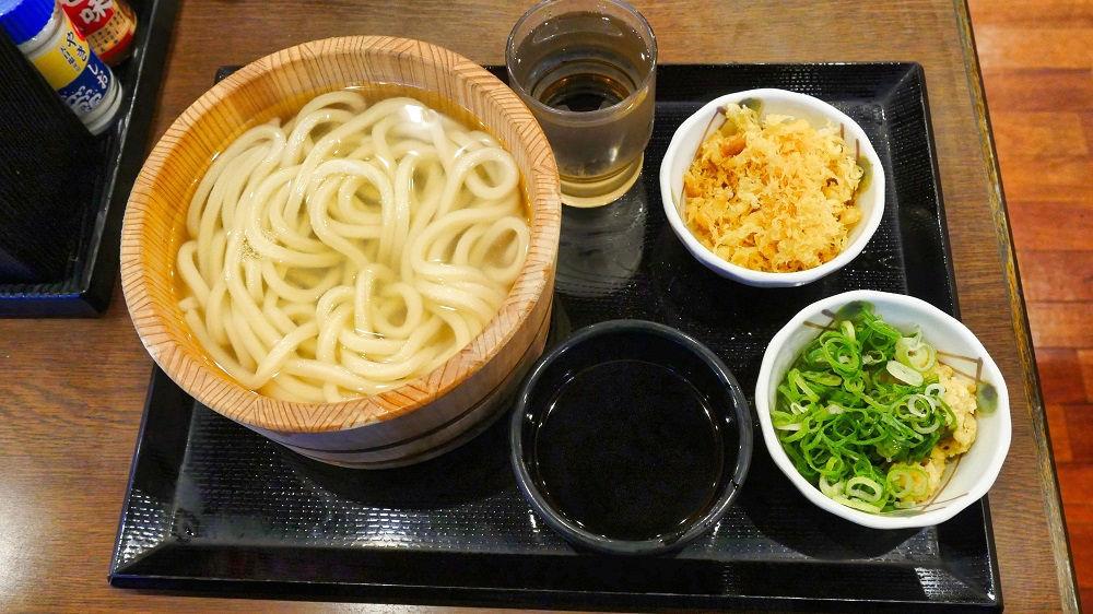 丸亀製麺の釜揚げうどん(並)