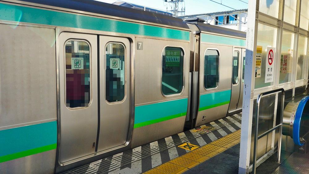 JR成田駅6番線のプラットホーム表示にも特に車両の表示は無し