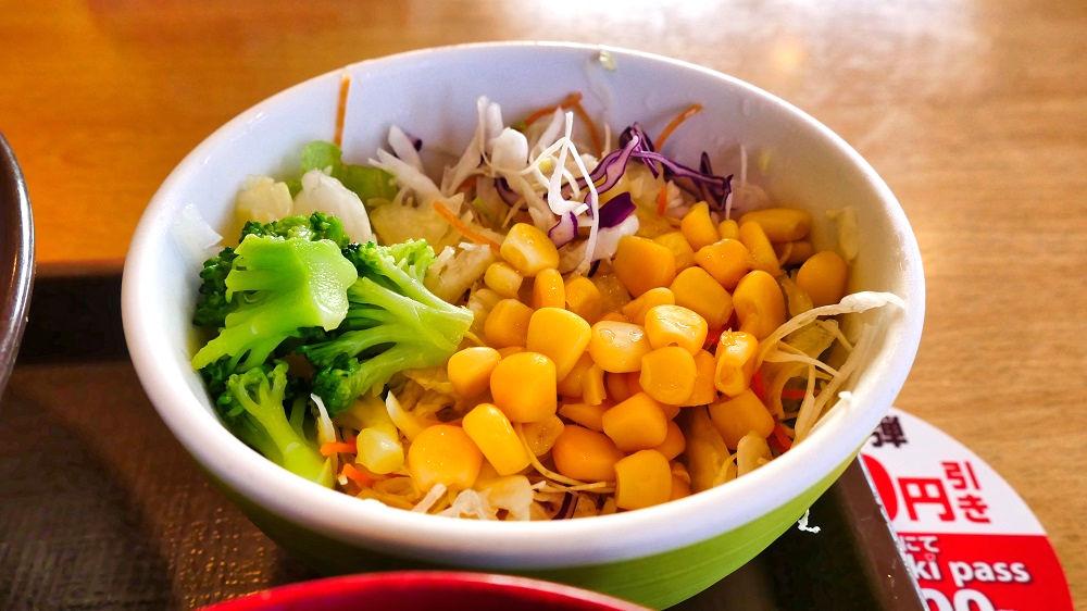 すき家の野菜サラダ