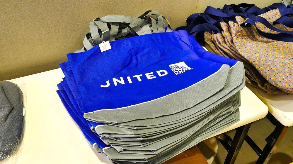 ユナイテッド航空の手提げバッグ、500円