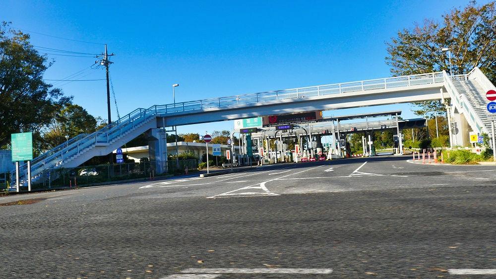 東関東自動車道富里IC