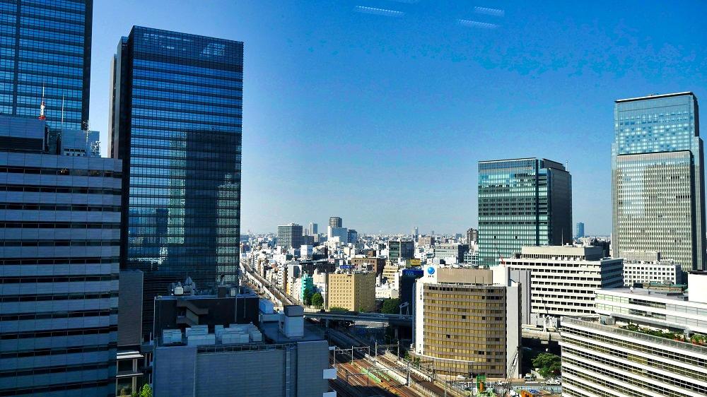 東京駅付近の高層ビル群