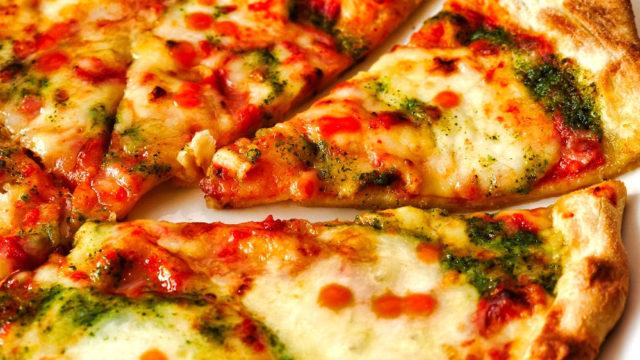 【定番マルゲリータピザが半額に!】ガストのテイクアウト半額キャンペーンを利用してみました!